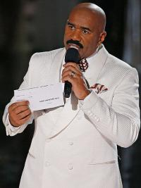 Steve Harvey to announce Bengals starting playoff game QB